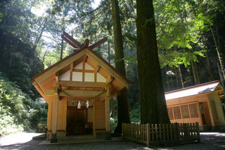 akimoto_shrine3.jpg
